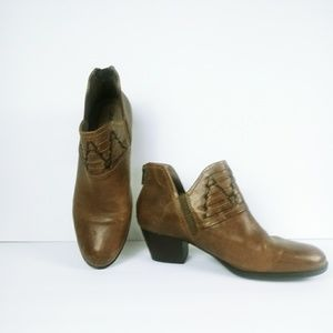 EARTH Leather Booties